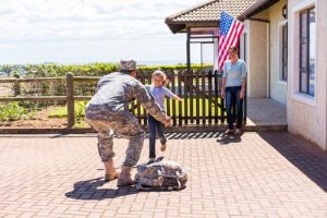 military-family-reunited